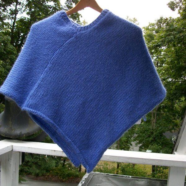 Child's Icelandic wool poncho