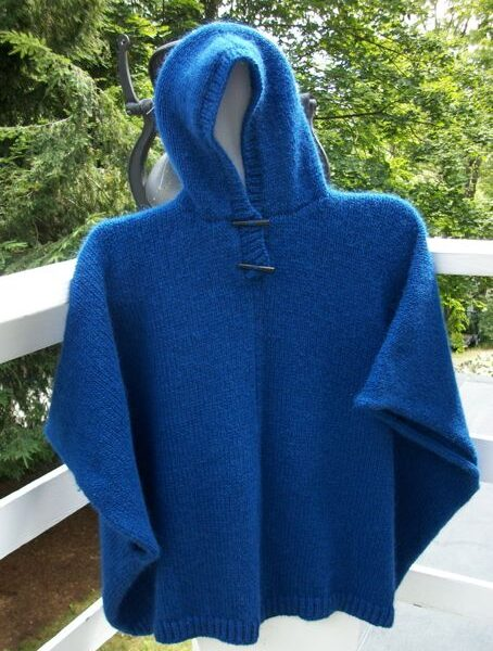 icelandic-wool-poncho-with-hood-and-matching-arm-warmers-1