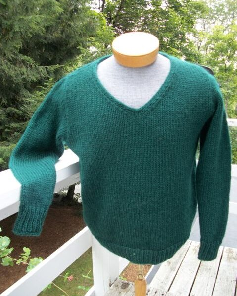 icelandic-wool-v-neck-pullover-sleeves