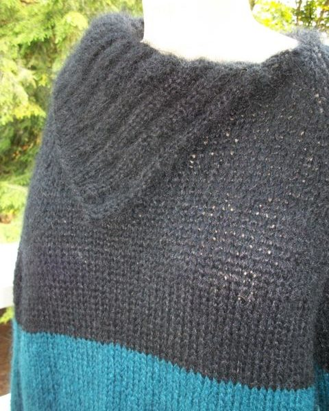 mohair-two-tone-raglan-sleeve-pullover-1